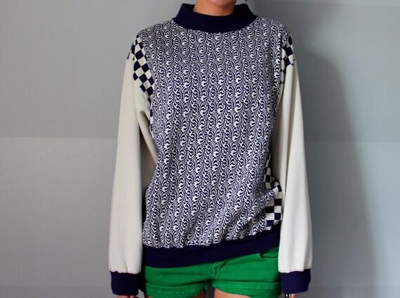 SALE Cute oversized vintage sweatshirt