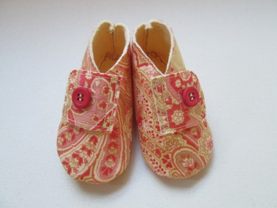 Peach Paisley Baby Shoes - Size 9 to 12 months