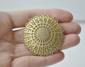 Vintage clip brooch/ Scarf clip/ Victorian/ Gold metal/ Original clip/ 60's/ rusteam
