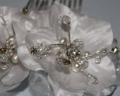 Bridal Hair Accessory, Wedding Hair Comb, Bridal Flower Headpiece, Silk Double Flower Gardenia Hair comb Loretta