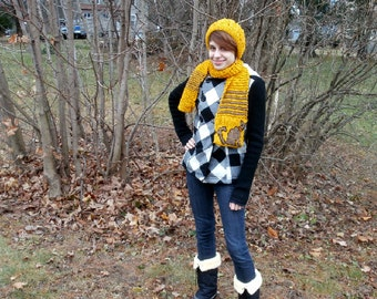 Yellow Scarf with Cat Pocket