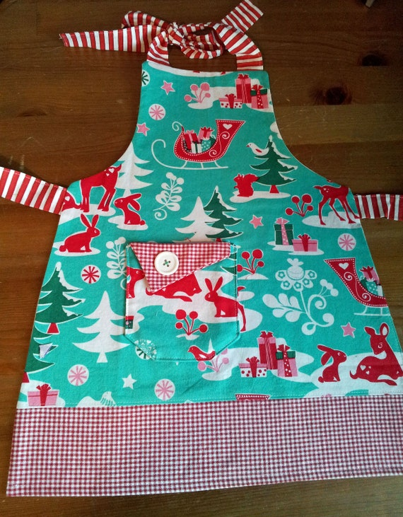 Childrens Full Christmas Apron, For Ages 2-3, Christmas, Reindeer, Rudolph, Red Gingham, Fully lined, Pocket