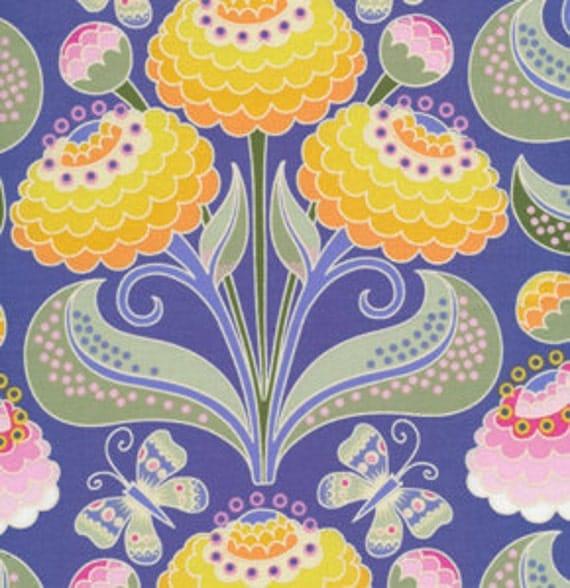Fabric Garden Divas 'Zinnias' in Pastel 24 Inches Bolt End
