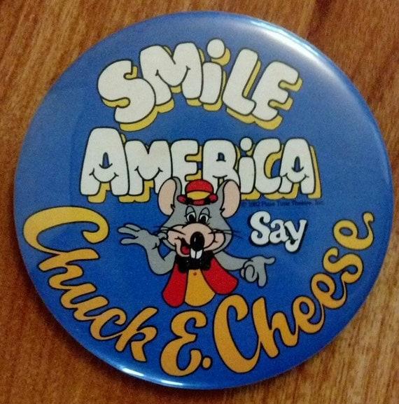 Chuck E Cheese Vintage Pinback Button