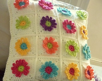 Daisy Chain Pillow Crochet Pattern