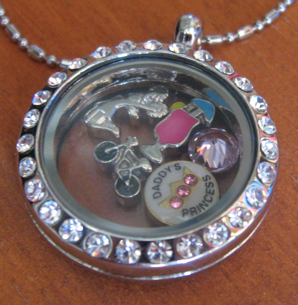Necklace with Charms Inside Locket