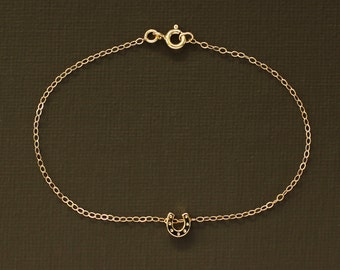 Dainty Gold Horseshoe Bracelet - 14K Gold Filled Chain