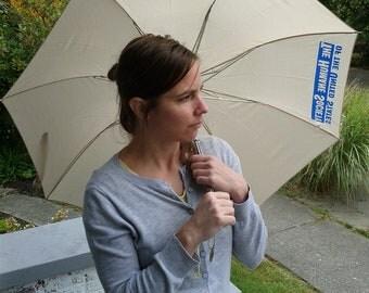 Vintage Umbrella Humane Society Compact