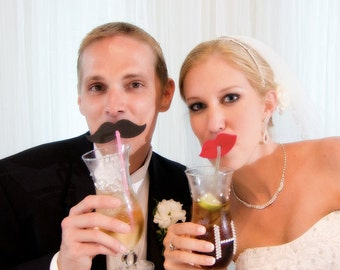 FOAM mustache and lip straws