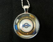 Milwaukee Brewers Logo Glass Pendant In Silver Bezel, Trading Card Image