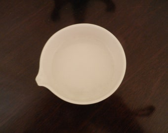 CoorsTek porcelain - low profile bowl with pouring lip