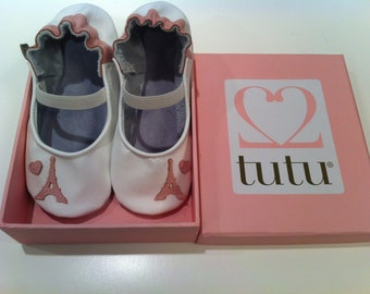 Parisienne Slipper and Tutu Set - Leather, suede-soled ballet-inspired slippers for little girls.
