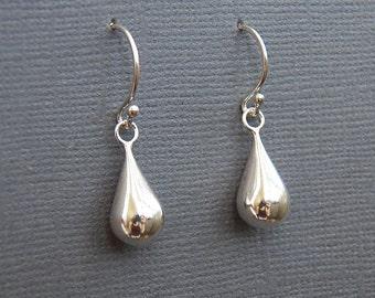 Oval teardrop sterling silver dangle earrings - Budded balled ear wires - Minimalist