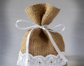 Wedding Favor Bag, Burlap Gift Bag, Rustic Candy Bag- SET OF 25
