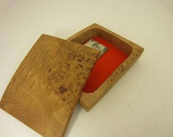 Birdseye maple wood box with lid