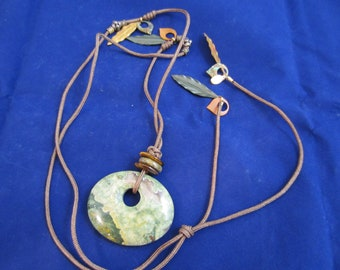 Vintage Donut-Shaped Agate, Cord & Feather Necklace