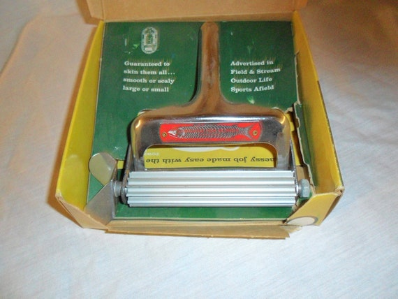 Nib vintage townsend fish skinner with box for Townsend fish skinner