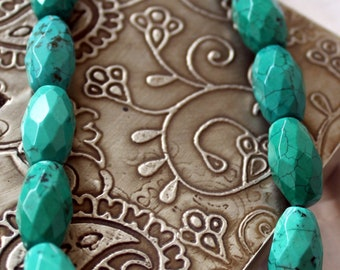 Turquoise Finely Cut Necklace