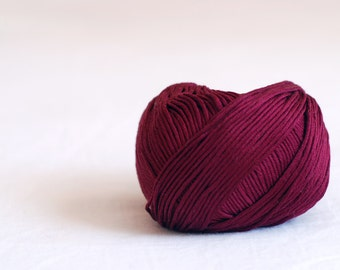 100% Cotton mercerized yarn - DK weight - burgundy
