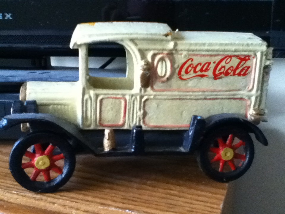 Vintage Coca Cola Cast Iron Truck