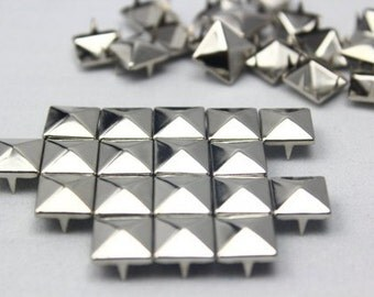 10mm Silver Pyramid Studs 50 Pieces 10MM, 50 pcs Silver Studs Pyramid, 4 Prongs, 4 Legs, Colors, DIY Leather, Clothes, iPhone Case
