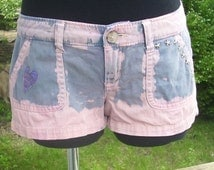 Teens Low Rise Studded Denim Blue & Pink Jean Shorts Heart Patched Size 3 - Hollister