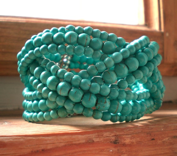 Turquoise bracelet // turquoise cuff // turquoise jewelry // statement turquoise // turquoise accessories