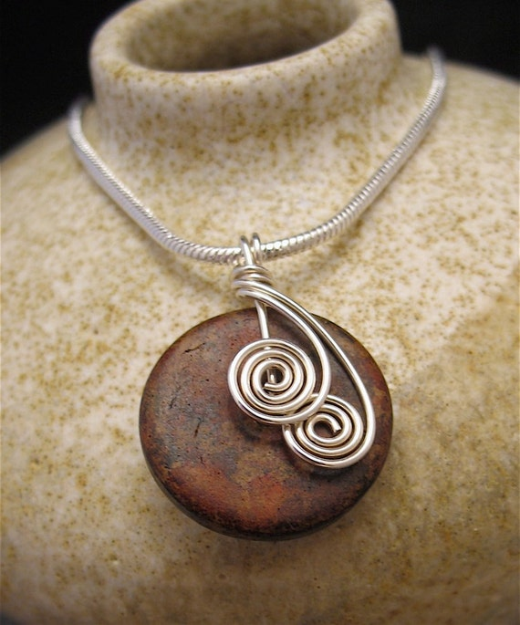 wire wrapped pendant donuts - photo #1