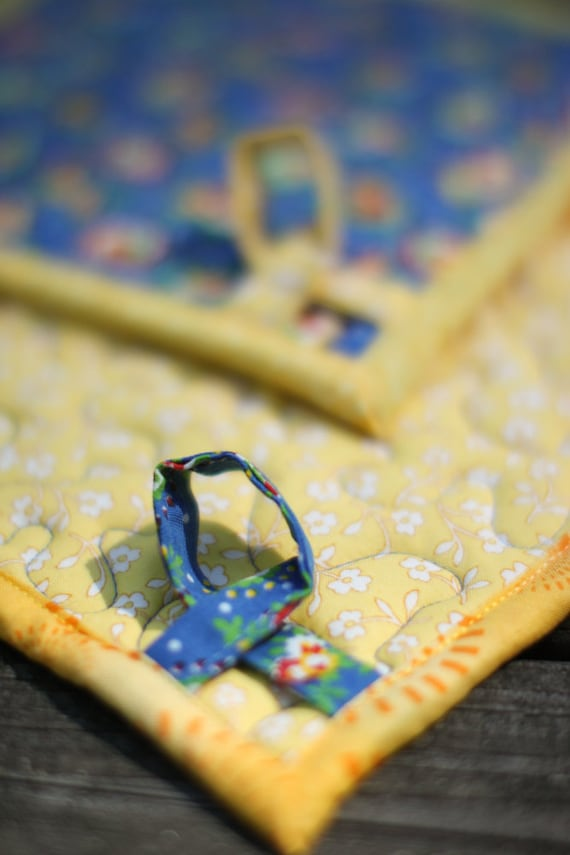 quilted pot holders - grandmother's kitchen