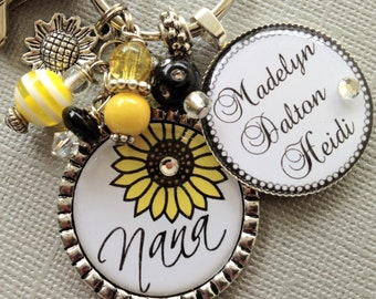 Sunflower Nana Personalized Keychain, Mom, Aunt gift, Children's Names Mother's day gift Purse Clip, Grandma, Birthday gift, thank you gift