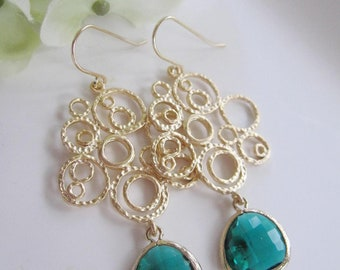 Emerald Green Earrings, Matte Gold filigree Circles, Bridesmaids Earrings, Bohemian, Statement Earrings