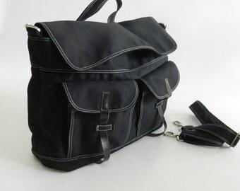 BIG SALE 25% - Mackenzie in Black  Messenger bag  / Diaper bag / Satche / Laptop bag / Tote / Handbag  / Unisex  /Women /School bag