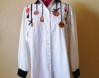 vintage CHRISTMAS embroidered blouse.