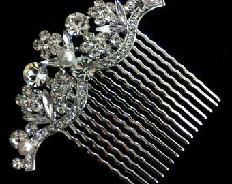 Crystal Bridal Hair Comb, Swarovski Wedding Headpiece, Pearl Bridal Hair Jewelry, Flower Bridal Headpiece, Art Nouveau Gift for Her, GRAND