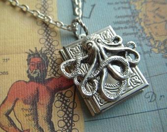 Small Silver Octopus Locket Necklace Jewelry Silver Book Locket Steampunk Necklace Octopus Necklace Girls Locket Crafty Novelty Jewelry New