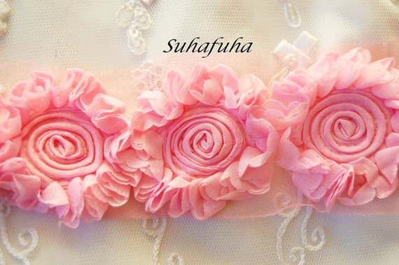 1/2 yd Shabby Chic Bubblegum PINK Sunflower Rosettes on net- 9 Flowers