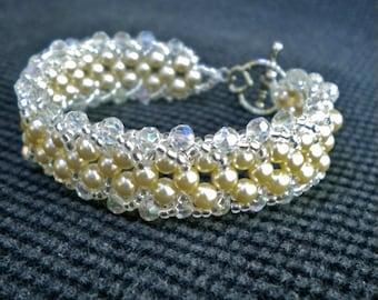 Bracelet Cream Pearls Crystals Beadweaving