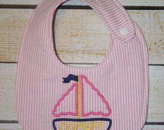 Unique monogrammed sand bucket bib, Personalized bib, Monogrammed bib, Baby shower gift, Seersucker bib, Summer bib, Beach bib