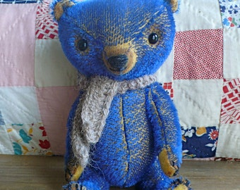 PDF-E-pattern  to make a bear like Julian and small pea