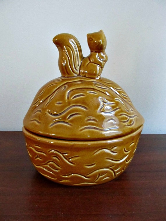 Vintage Brown Squirrel Nut Bowl or Candy Dish - Ceramic Pottery Rustic Fall Thanksgiving Woodland Decor