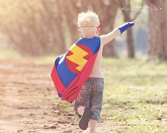 Childrens Super hero cape Boy Big Bolt As seen on Oxygens Tori and Dean Home Sweet Hollywood