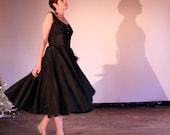 40% SALE vintage 1950s dress / black 40s 50s dress / full skirt black dress rhinestones // size medium M