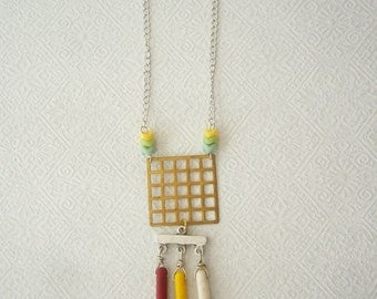 Tribal stones necklace in red, yellow and white