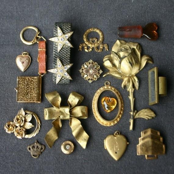 All golden treasures precious instant collection