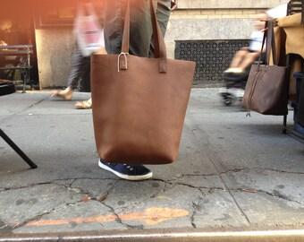 Oversized leather tote, Travel laptop bag, Shoulder bag tote, Laptop purse, Large tan leather tote, Custom purses, Leather shoulder bags
