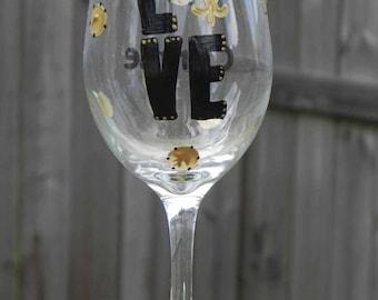 Louisiana Wine glass LOVE the Saints Wine glass Black and Gold Wineglass