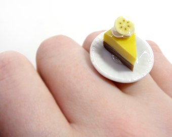 Slice of Banana Creme Pie Ring - Miniature Polymer Clay Food Jewelry