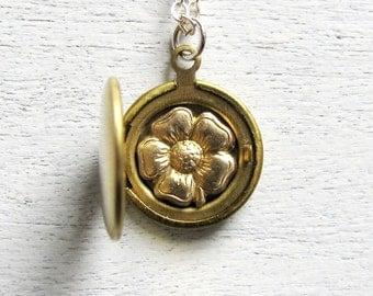 Spring Weddings, Flower Girl Gift, Flower Girl Jewelry, Bridesmaid Jewelry, Flower Jewelry, Floral Jewelry, Flower Locket, Wedding Jewelry
