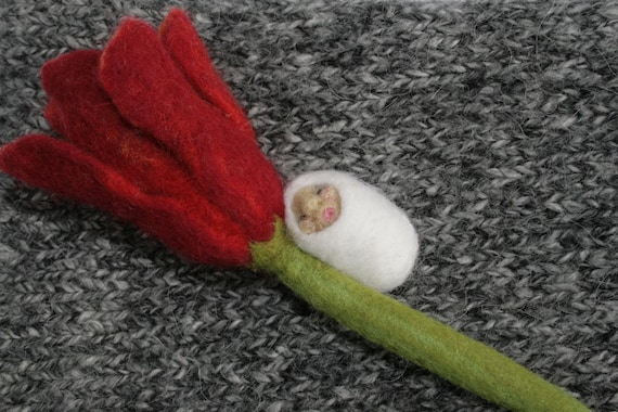 FELTED FAIRYTALE - OOAK Brooch for the tale of Tulip Bed