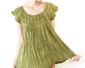 Cotton Round Neck Blouse in Green
